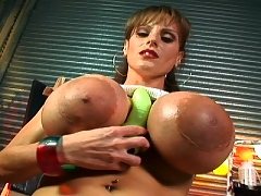 Cindy Cupp's mammoth tits get a rubbing